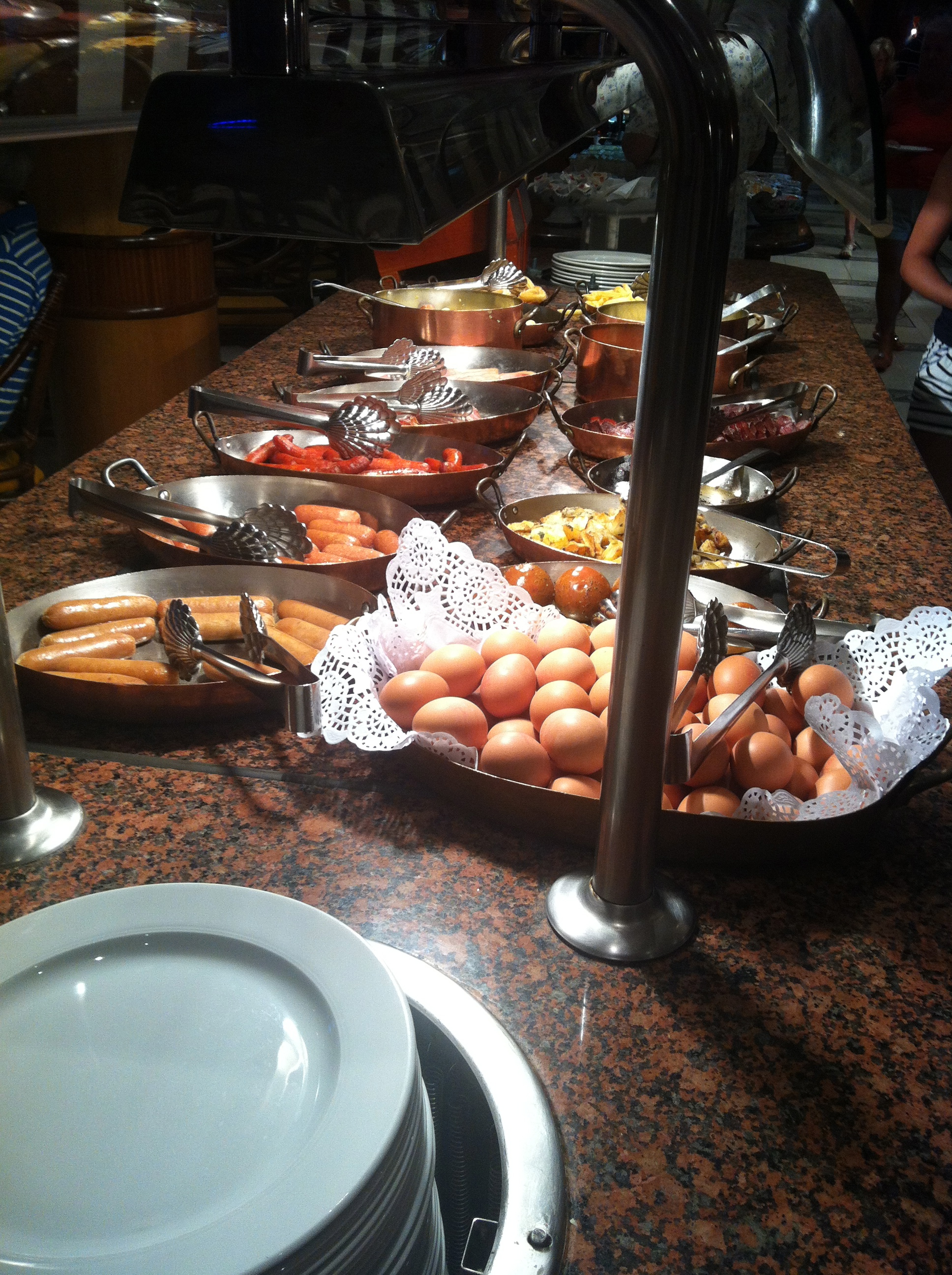 Buffet breakfast at the Bahia Princess