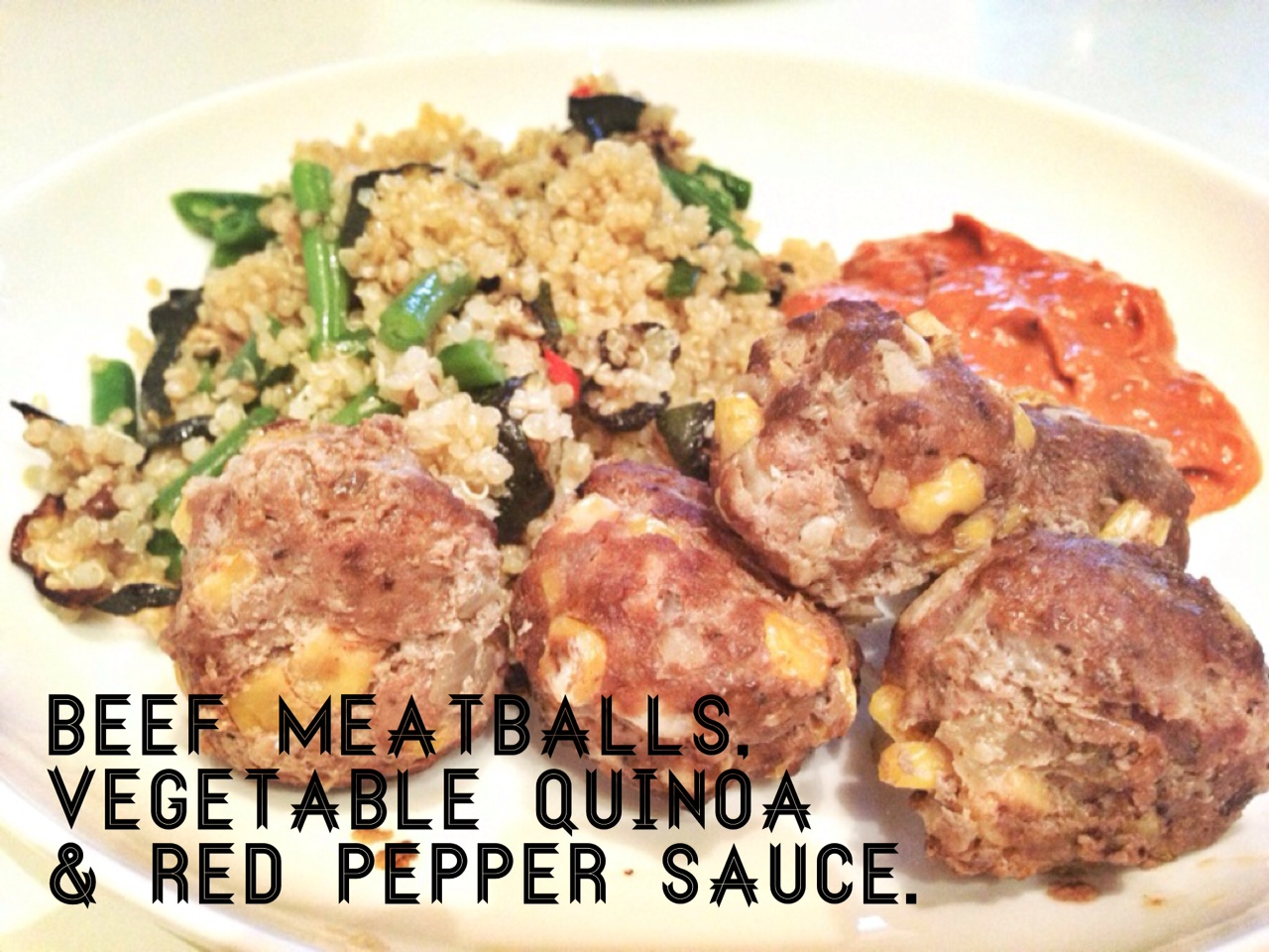 Healthy beef meatballs recipe with red pepper sauce
